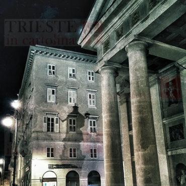 L'ombra della statua di Leopoldo in piazza della Borsa