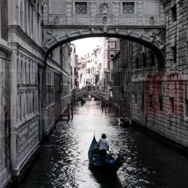 Il famoso ponte dei Sospiri a Venezia