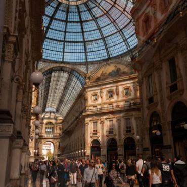 Galleria V. Emanuele interno vert