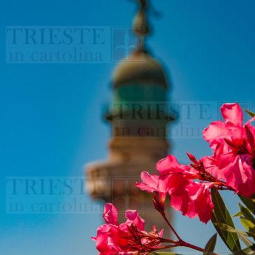 Il faro della Vittoria, uno dei simboli della città di Trieste