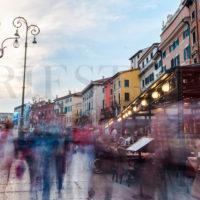 Verona, città conosciuta nel mondo grazie a Shakespear, che ha raccontato la storia di Giulietta e Romeo.